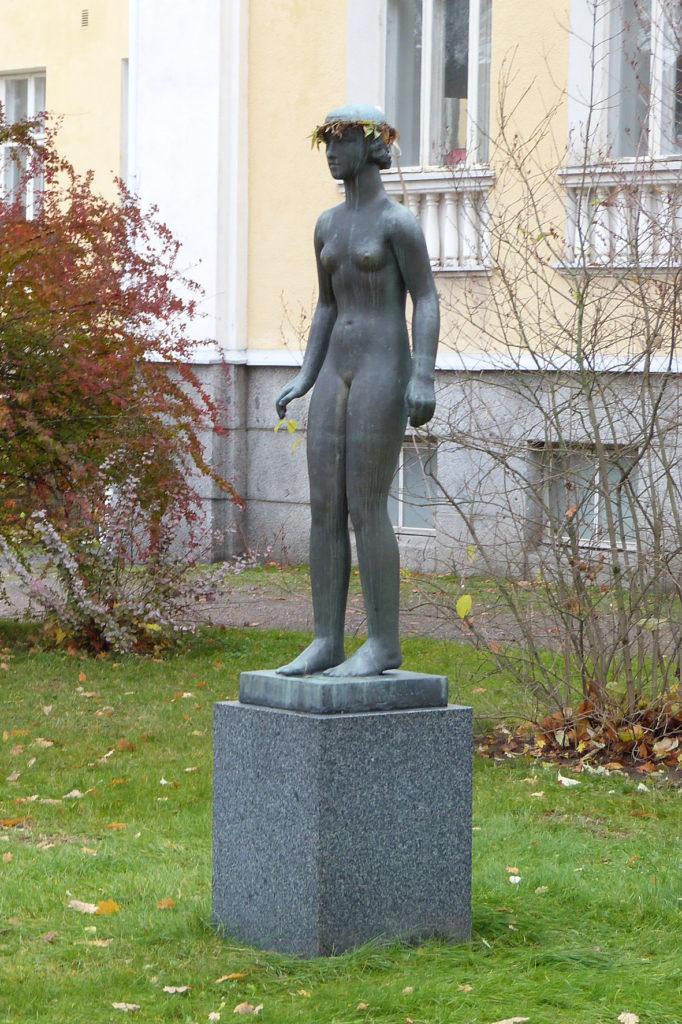Viktor Jansson, Nuoruus, 1931, pronssi, kuva Reima Määttänen, Hämeenlinnan taidemuseo